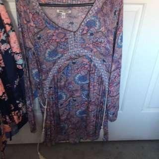 Size 8 Billabong Dress