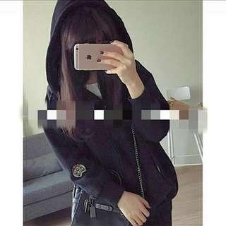 黑色刺繡外套