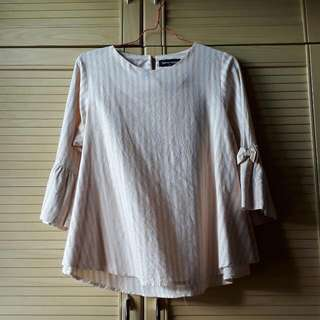 DONNA HOUSE Top ( PRELOVED )