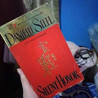 Silent Honor - Danielle Steel