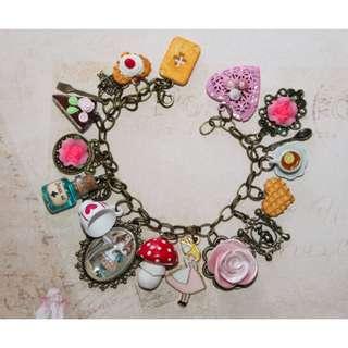 Tea Party Bracelet (099)