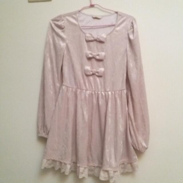 0918粉紅色蝴蝶結洋裝