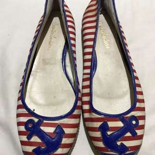 Flat Shoes With Red & White Stripes