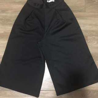 Culottes (black) medium