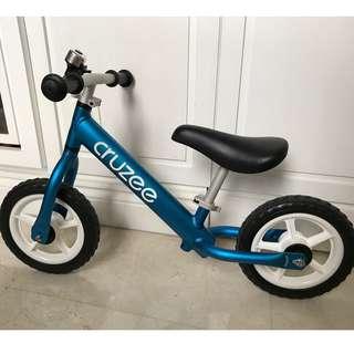 Cruzee 10 inch balance bike, blue