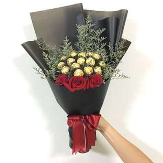 Chocolate Bouquet of Ferrero Rocher Bouquet with Red Roses / Birthday Bouquet / Anniversary Bouquet