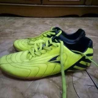 Sepatu Futsal Nobleman