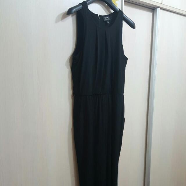 黑色絲綢感修身連身褲