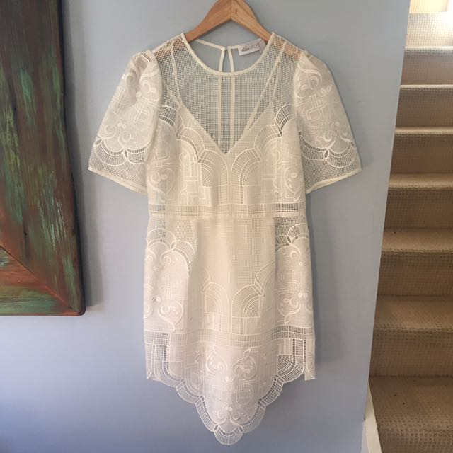 """Alice McCall """"you're dream dress"""" 2016 Size 10"""