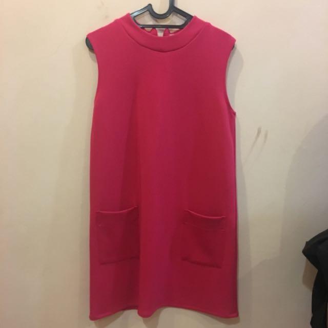 Bangkok pink dress