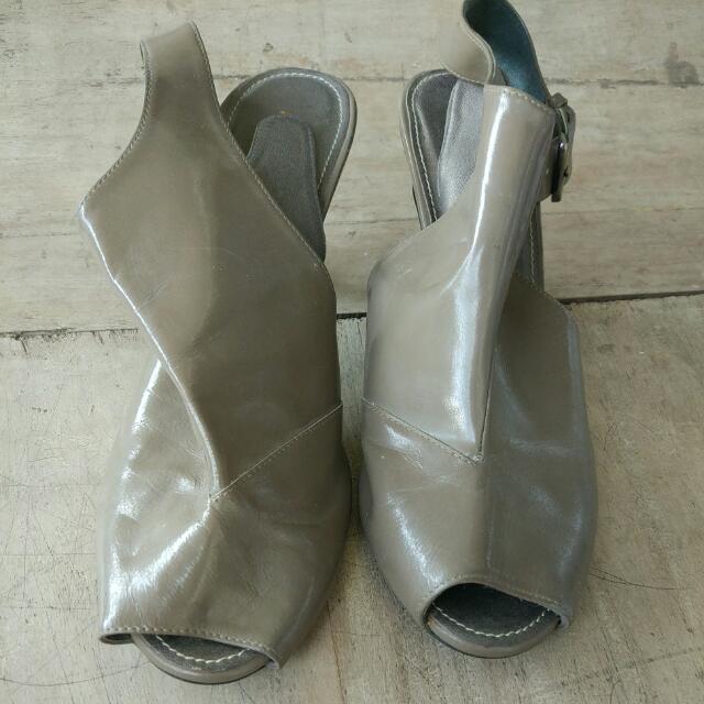 Brown Heels Sepatu Sendal Semi Boat Coklat
