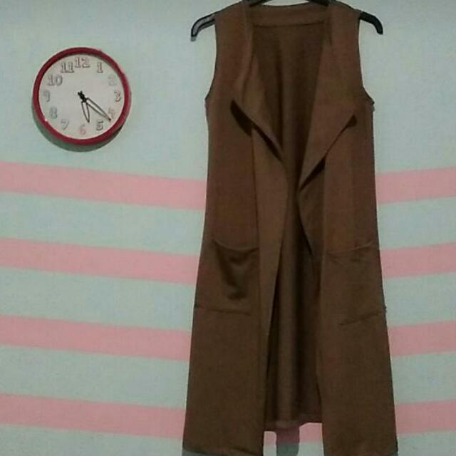 Brown Outer