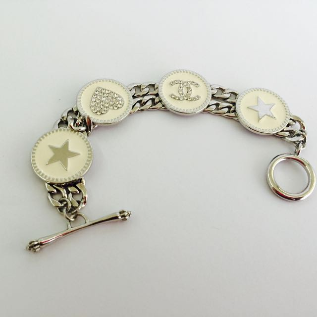 CHANEL CC Heart Star Encrusted Toggle Bracelet