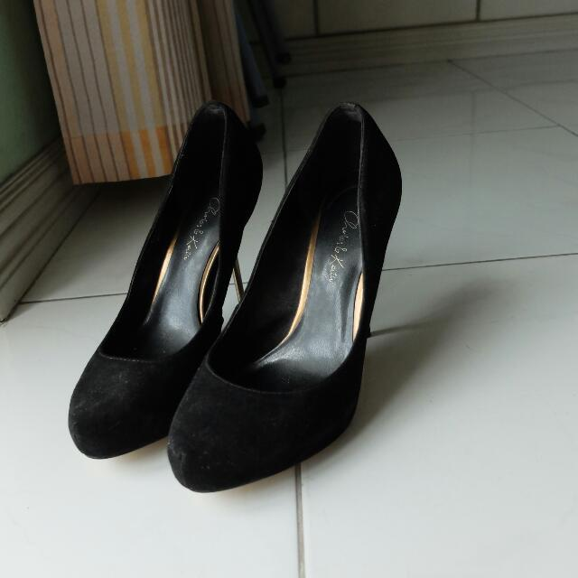 Charles And Keith Suede Stilettos Size 7