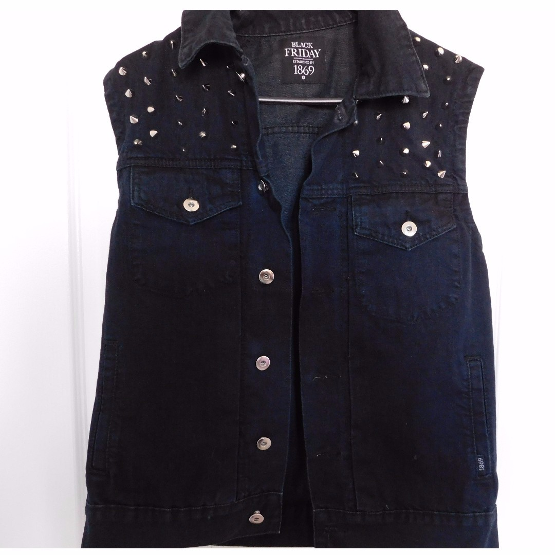 Dangerfield Black studded vest Size Small