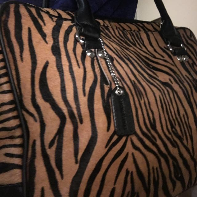 Danier leather and fur bag