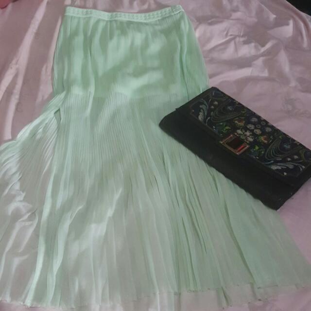 elegant pleated skirt