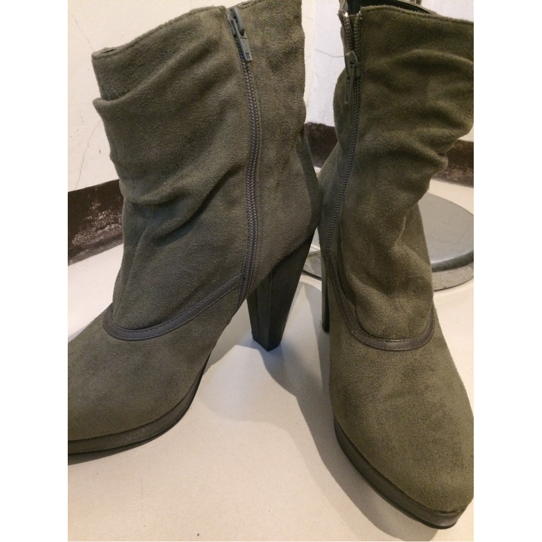 PRICE MARKDOWN!!! F & F Green Gamuza ankle boots (No Original Box)