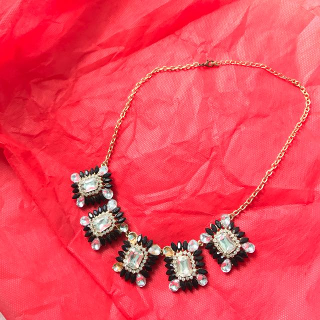 Fashion Jewel Necklace (Kalung Permata Fashion)
