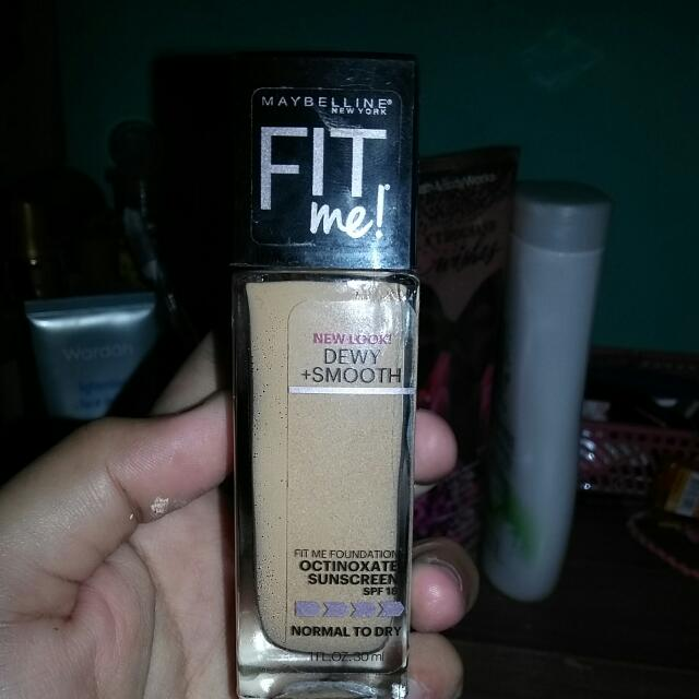 FIT ME. DEWY+ SMOOTH