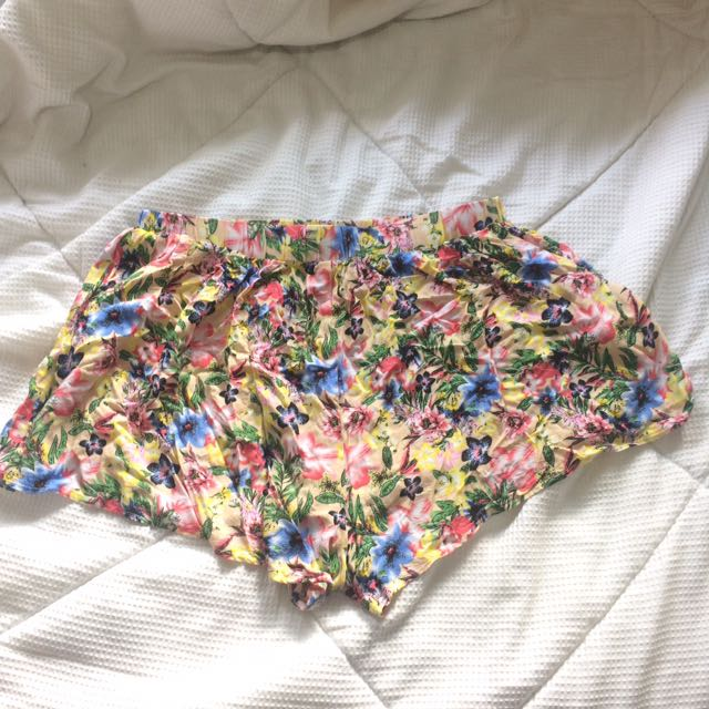 floral TEMT shorts
