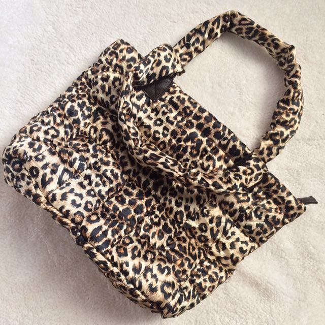Hand bag cheetah print