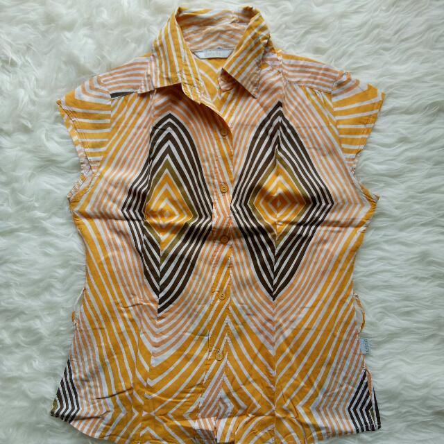 kemeja kuning tribal