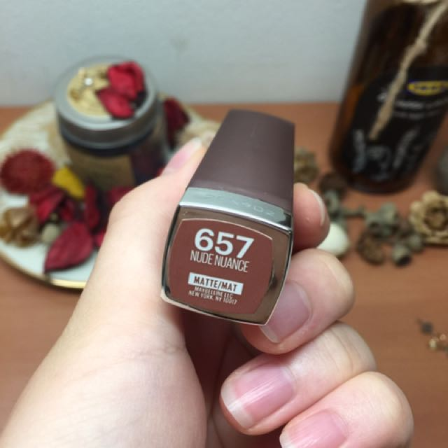 MAYBELLINE 霧面唇膏 657 Nude Nuance