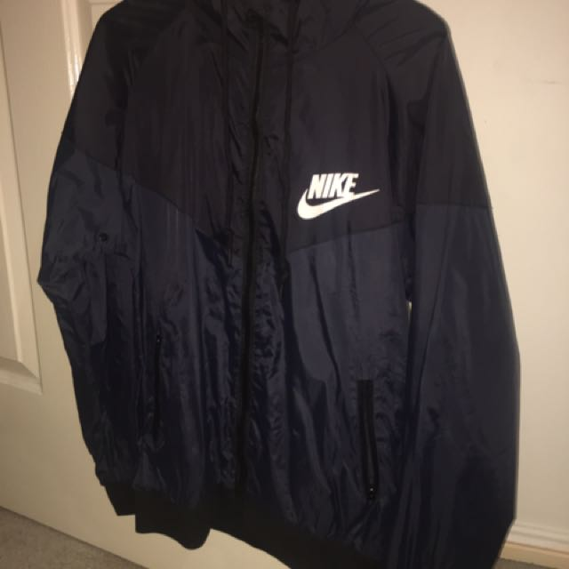 Nike Black/Dark Gray Windbreaker