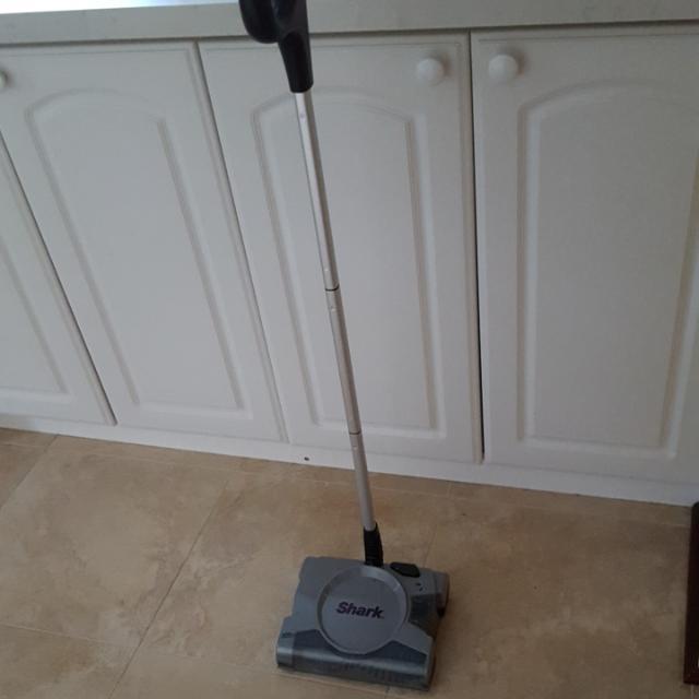 Shark Cordless Vacuum cleaner