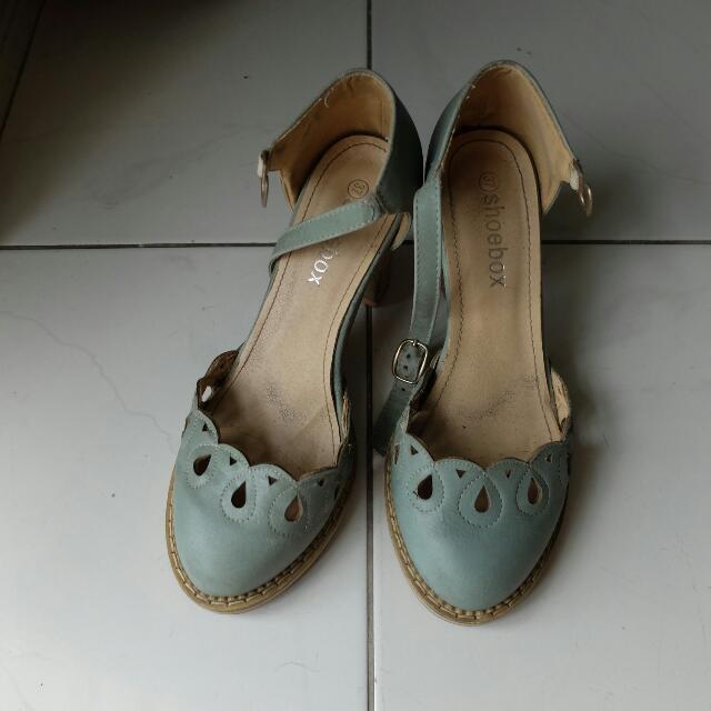 Shoebox Low Heeled Sandals Size 7