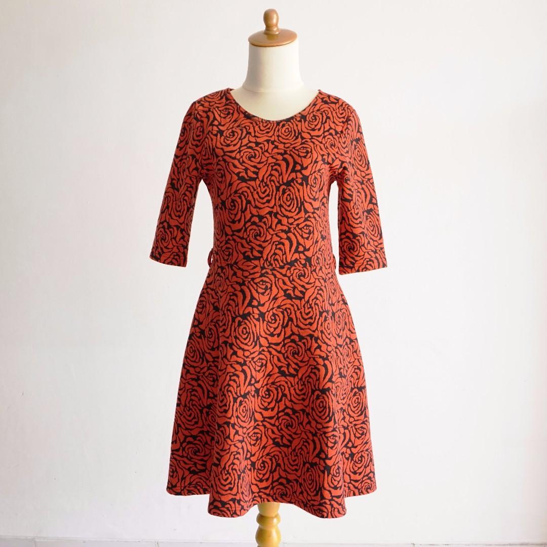 Slim Fit Dress - Red Rose