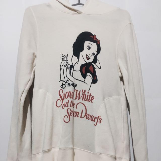 Snow White Uniqlo Hoodie