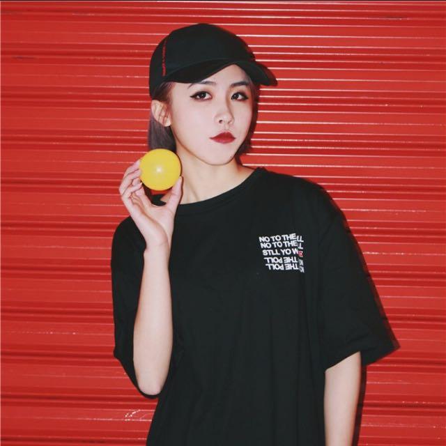 黑色短T 短袖