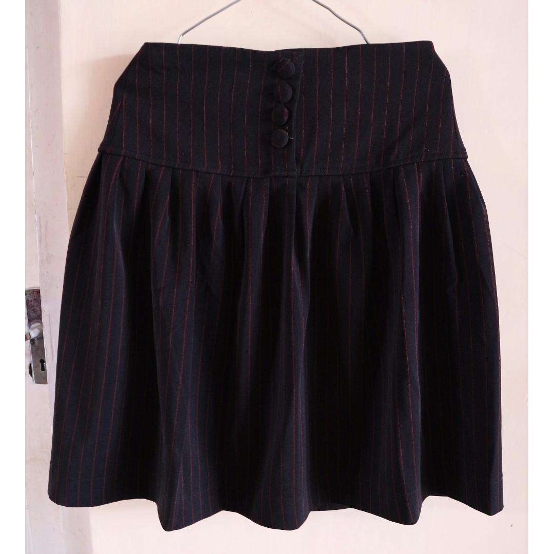 [Unbranded] Midi Skirt Hitam Stripes Merah