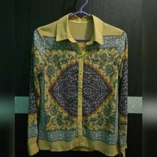 Long Sleeves Yellow Shirt