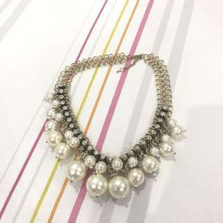 Neww!!!! Classy Pearl Necklace