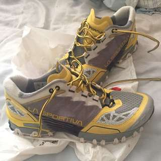 La Sportiva Trail Running Shoes Size 8