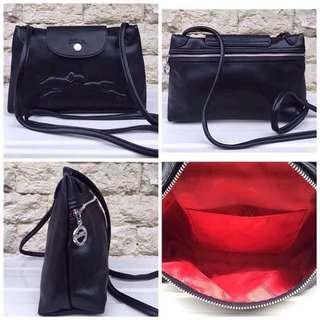 Authentic Longchamp Cuir Sling Bag