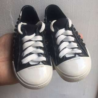 Pre loved Mini melissa size 7 with box