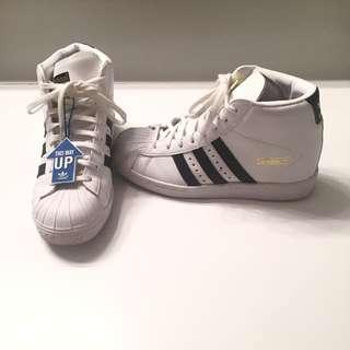 Adidas Kicks