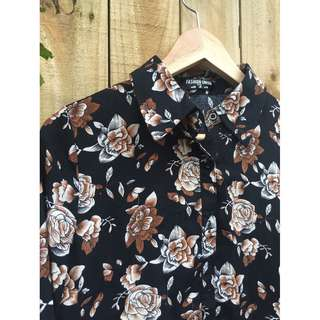 📦 Vintage Inspired Brown Floral Collared Shirt