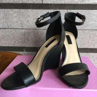 Forever 21楔形鞋