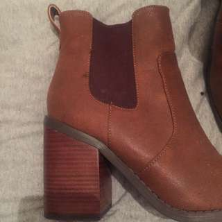 Tan Ankle Boots Size 9 Unworn