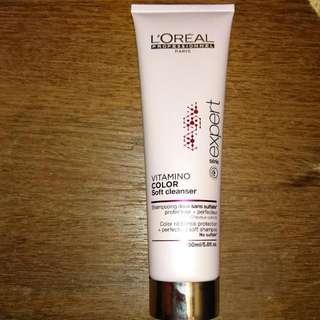 Shampoo; L'Oréal vitamins Color Soft Cleanser