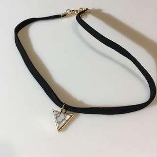 ZARIX Choker Marble Triangle
