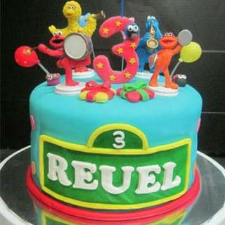Sesame Street Party Cake Toppers Set. ( 4 Pieces Figurines Set )