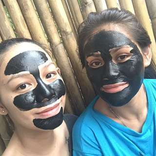Face it; Charcoal Bentonite Peel off mask with Tea tree oil