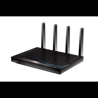 Netgear Nighthawk X8 AC5300 Tri Band WiFi Router (R8500).