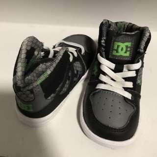 Hi-Top DCs Size 6